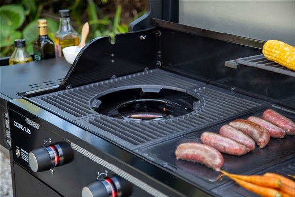 Ultimate Versatility with removable grill insert